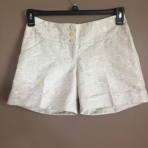 The Limited cream shorts w/ silver design 0 NWT